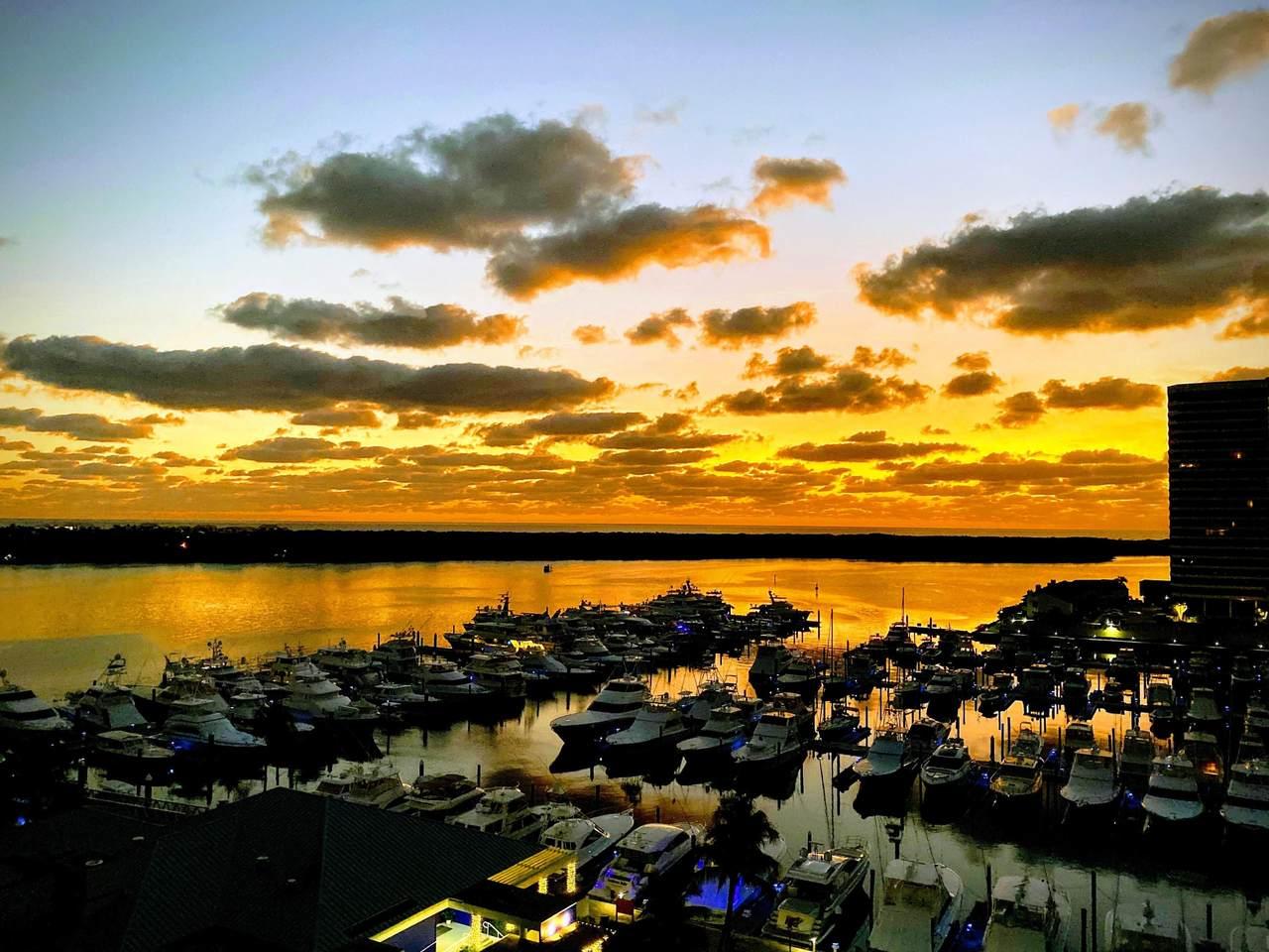 120 Lakeshore Drive - Photo 1
