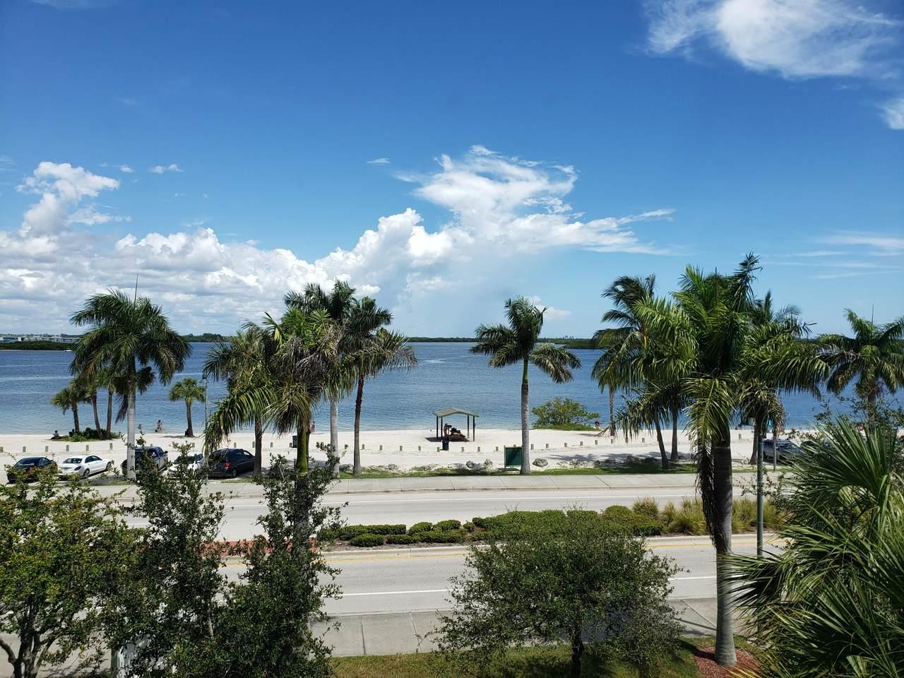 35 Harbour Isle Drive - Photo 1