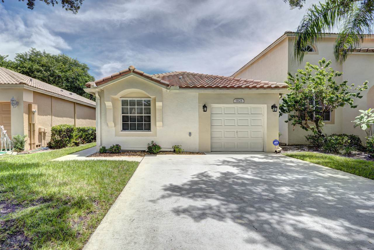 5828 Eagle Cay Terrace - Photo 1