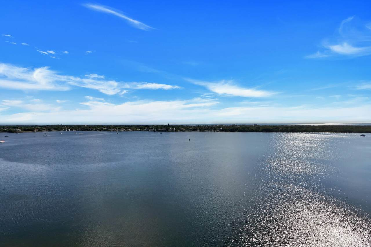 126 Lakeshore Drive - Photo 1
