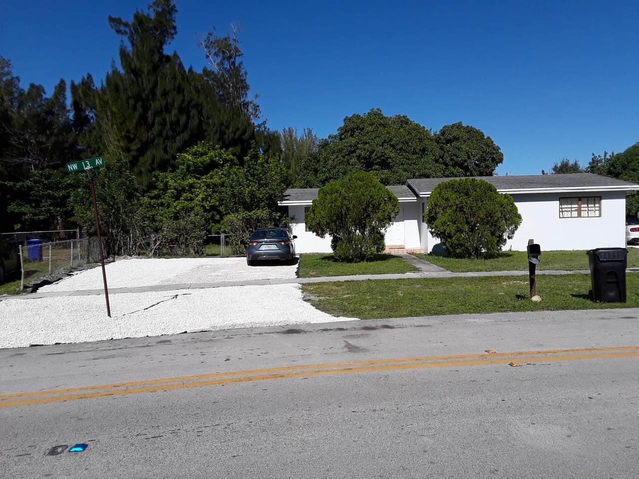 1249 18th Street - Photo 1