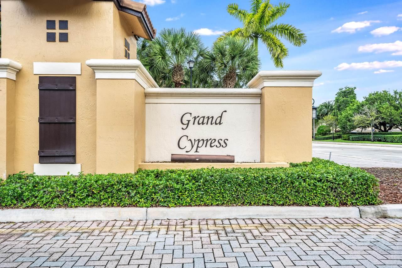 6140 Grand Cypress Circle - Photo 1