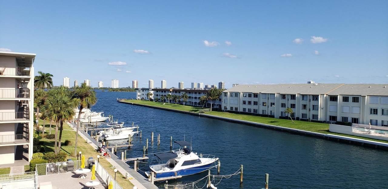 108 Paradise Harbour Boulevard - Photo 1