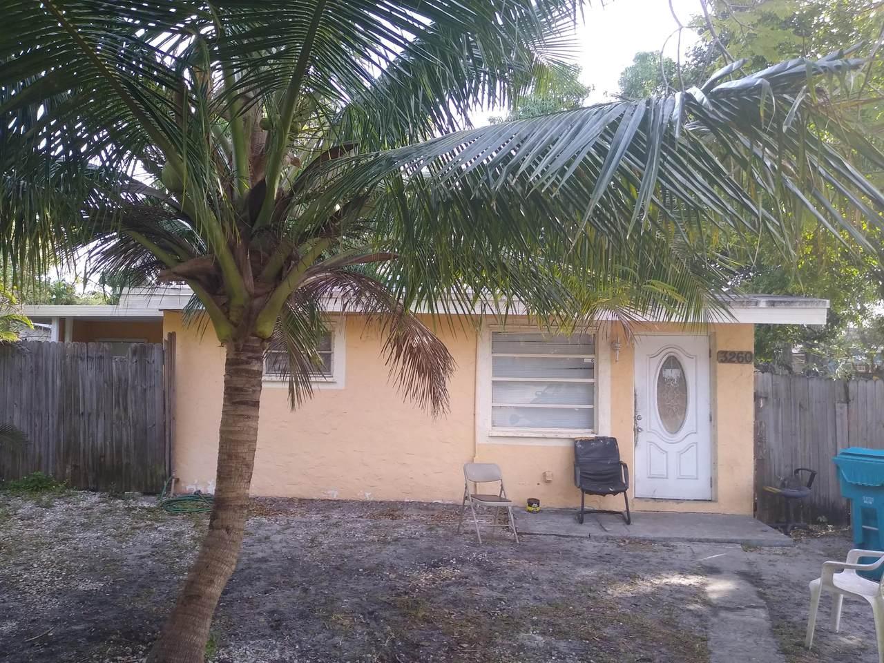 3260 Palm Drive - Photo 1