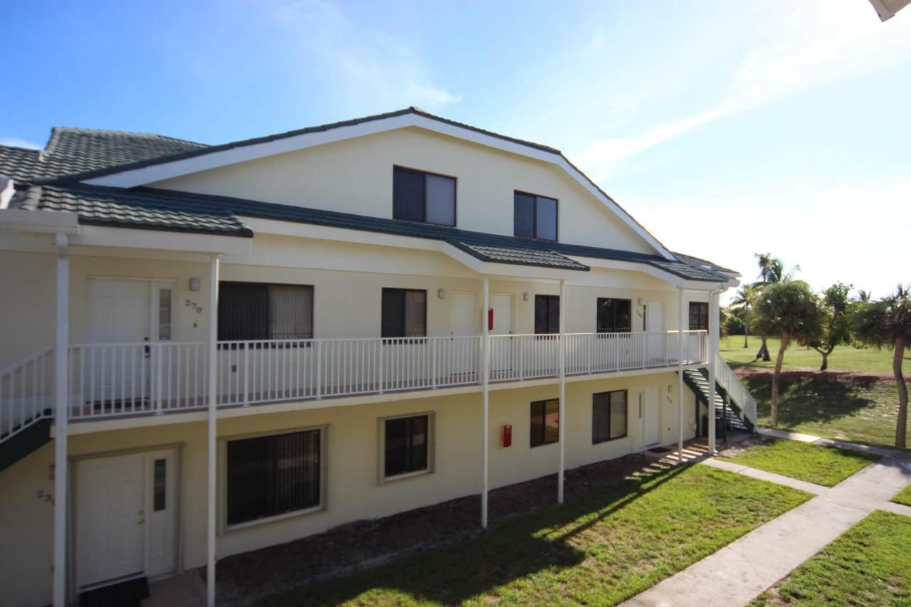 270 Bella Vista 70 Court - Photo 1