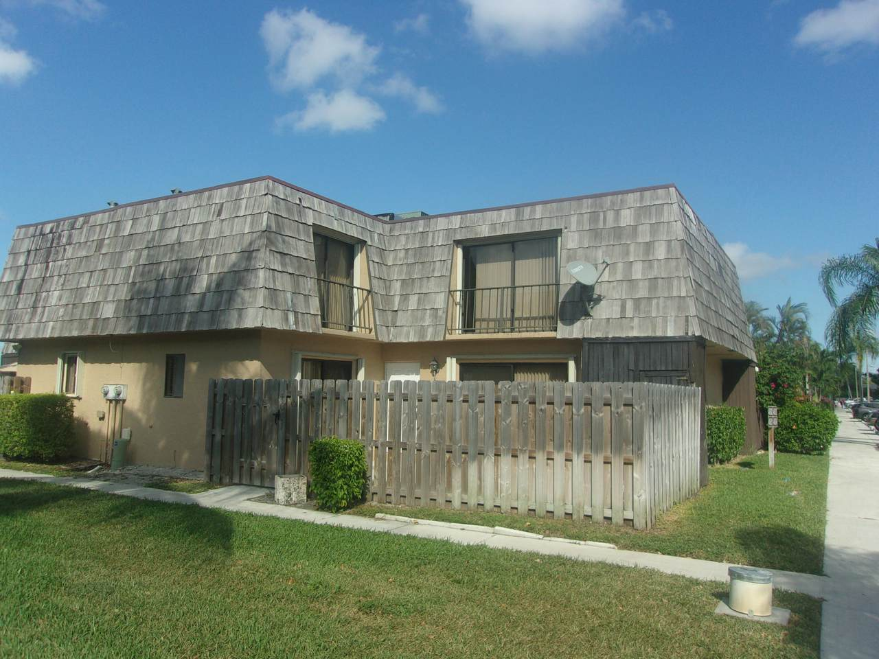 4601 Waterview Circle - Photo 1