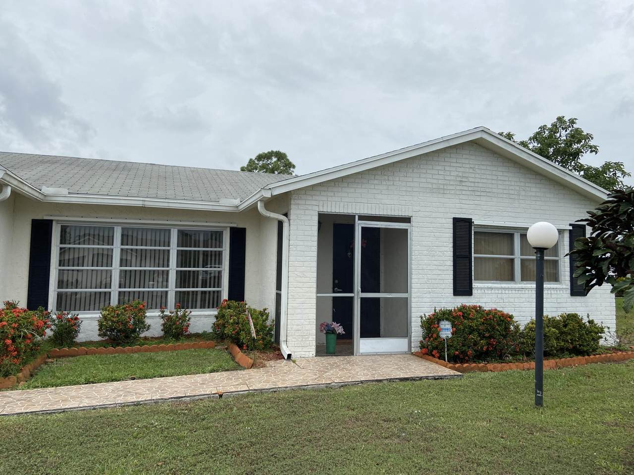 7184 Pine Forest Circle - Photo 1