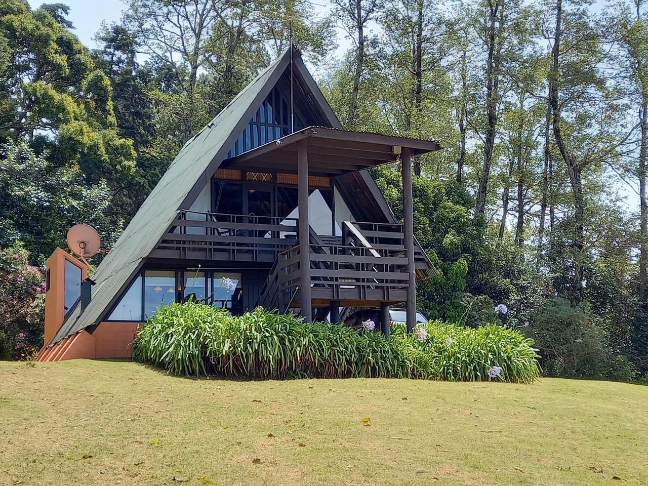 Sacramento Heredia, Costa Rica - Photo 1