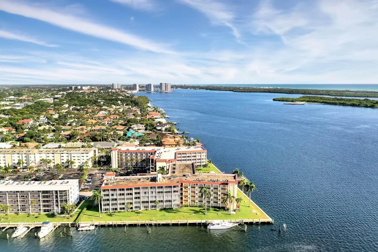 100 Paradise Harbour Boulevard - Photo 1