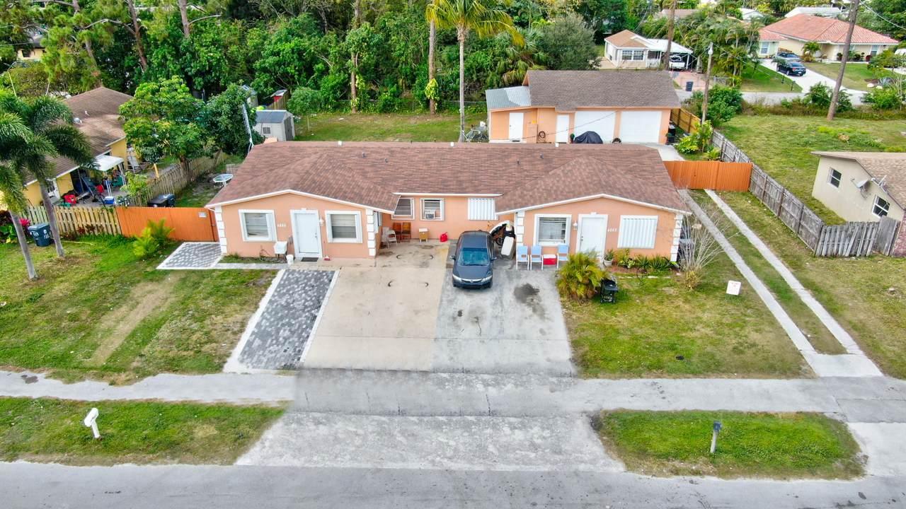 4865 Dell Avenue - Photo 1