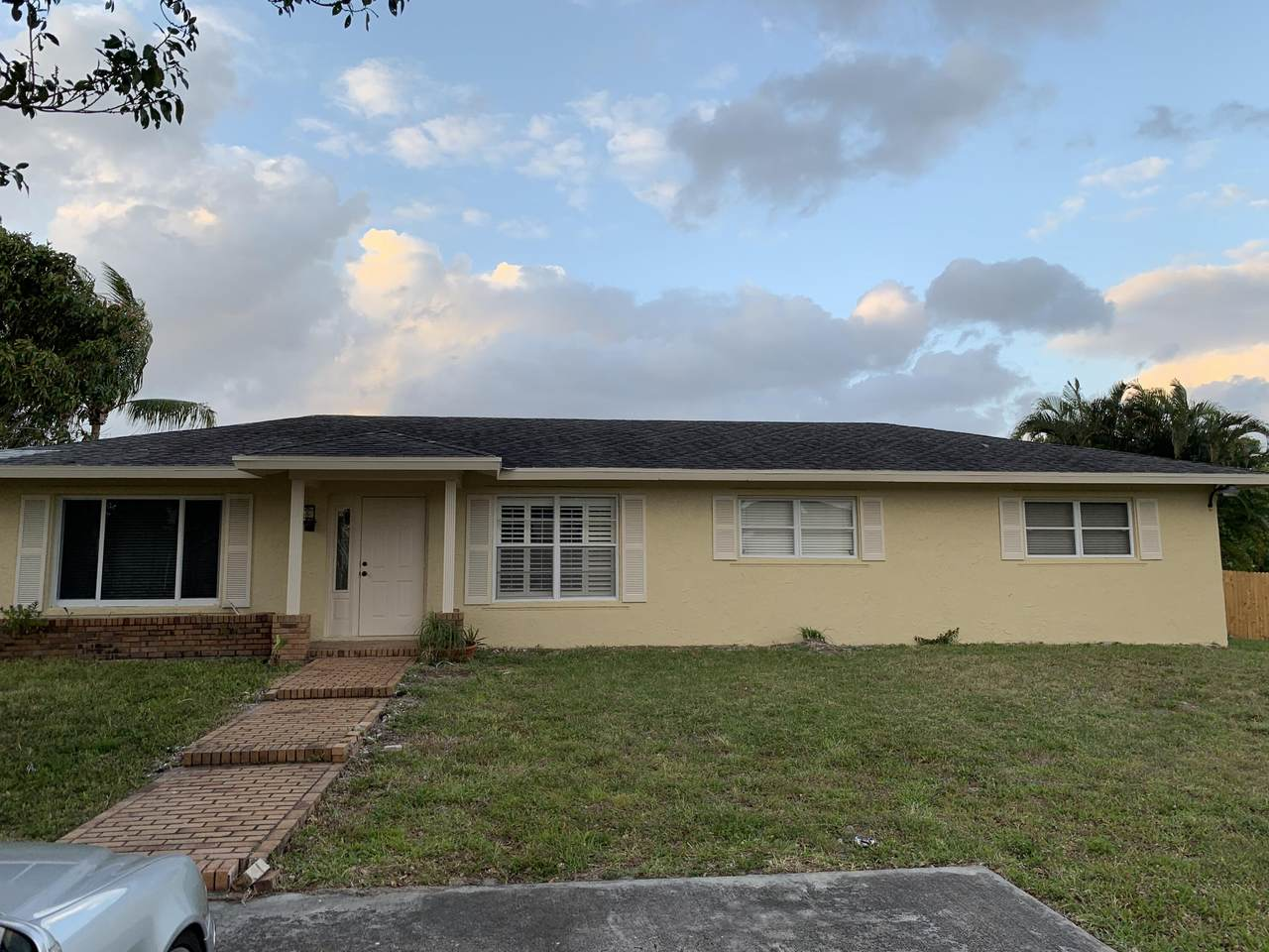 7086 Lawrence Road - Photo 1
