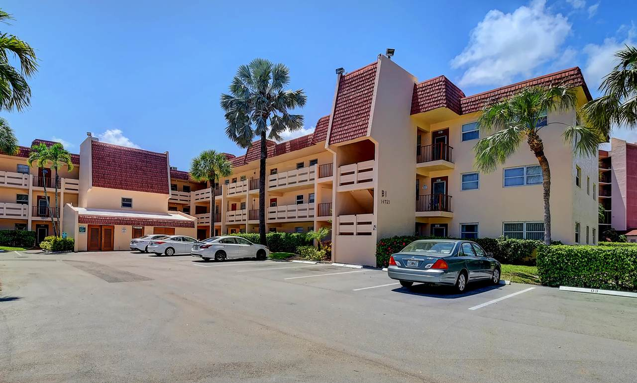14721 Bonaire Boulevard - Photo 1