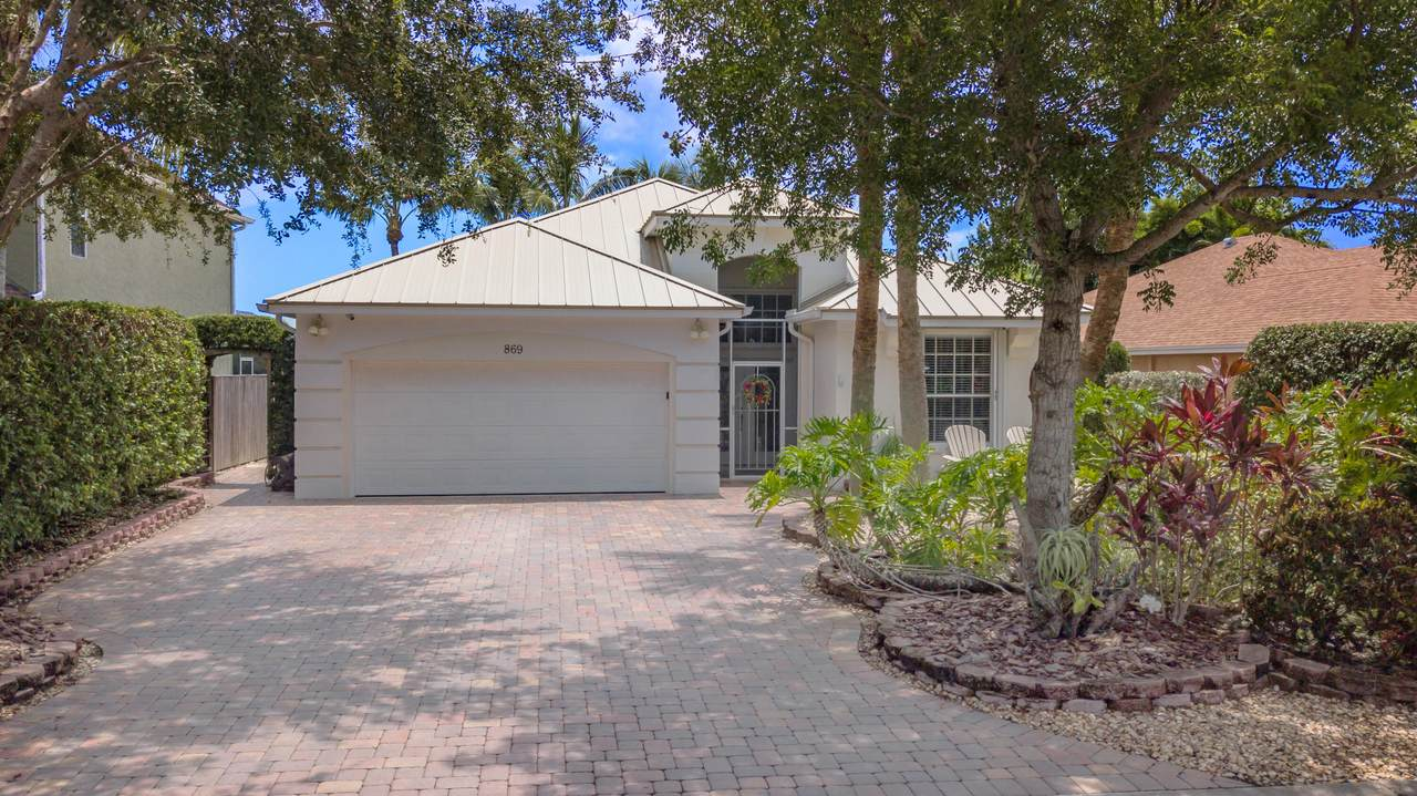 869 Waterlily Place - Photo 1