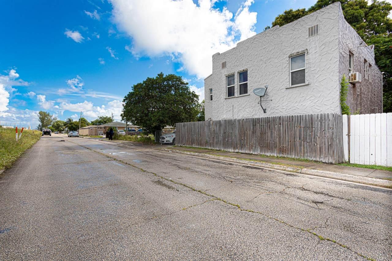 528 Churchill Road - Photo 1