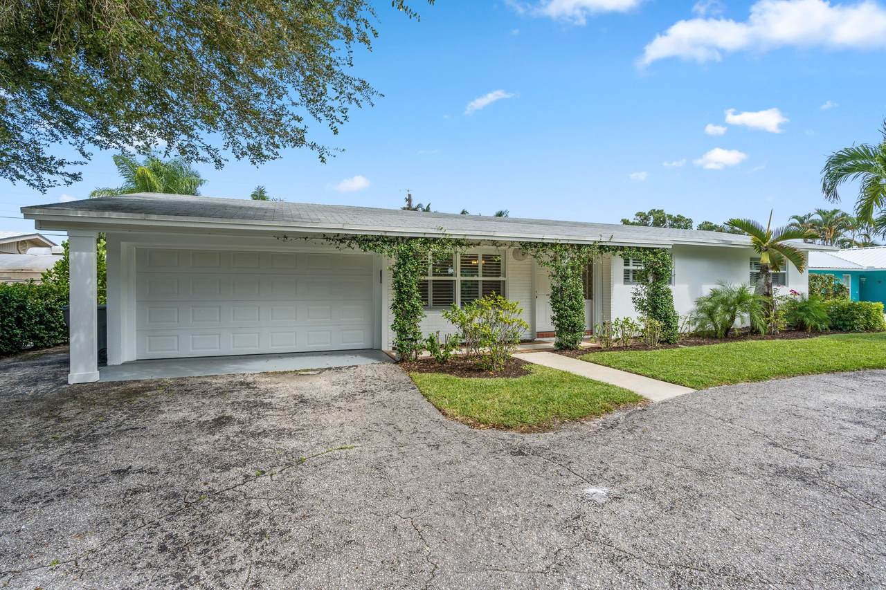 19296 Country Club Drive - Photo 1