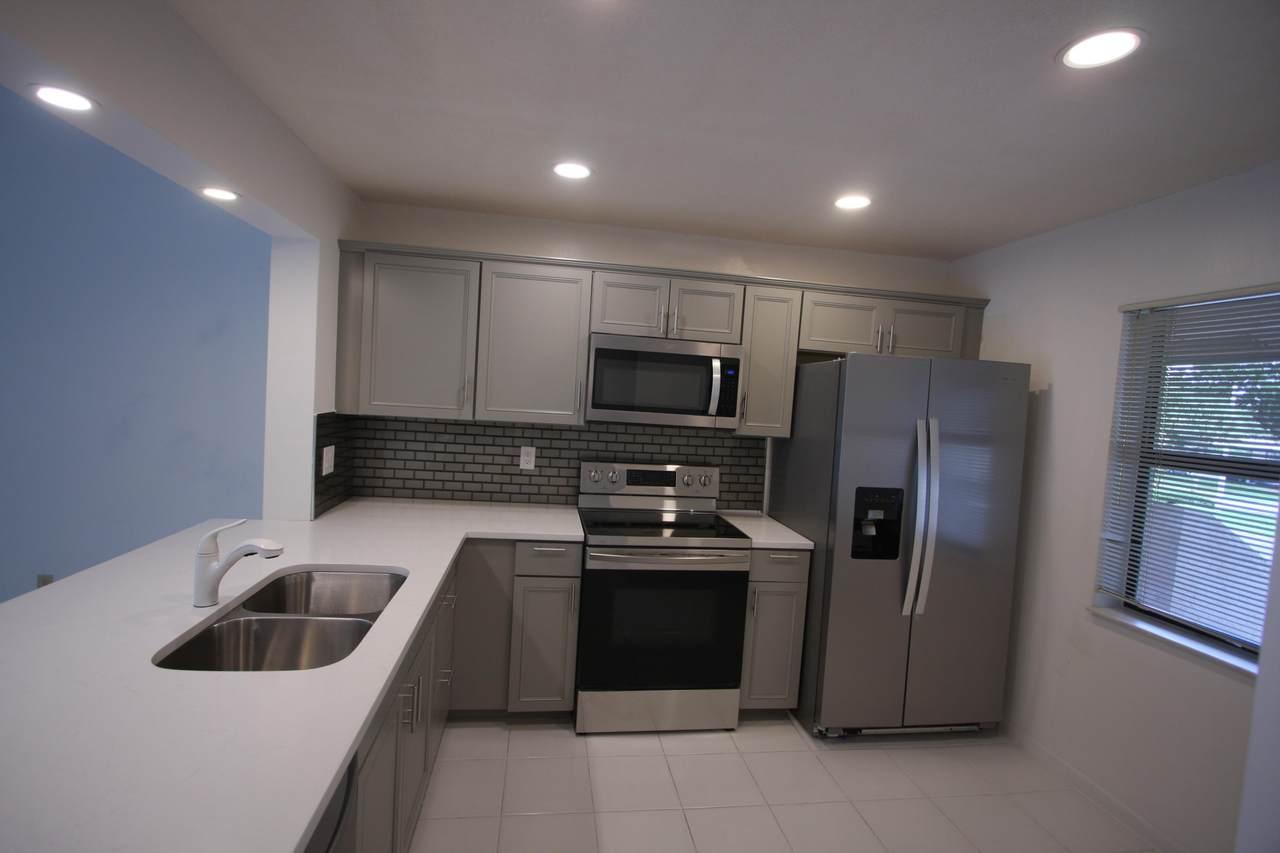 8364 Boca Glades Boulevard - Photo 1