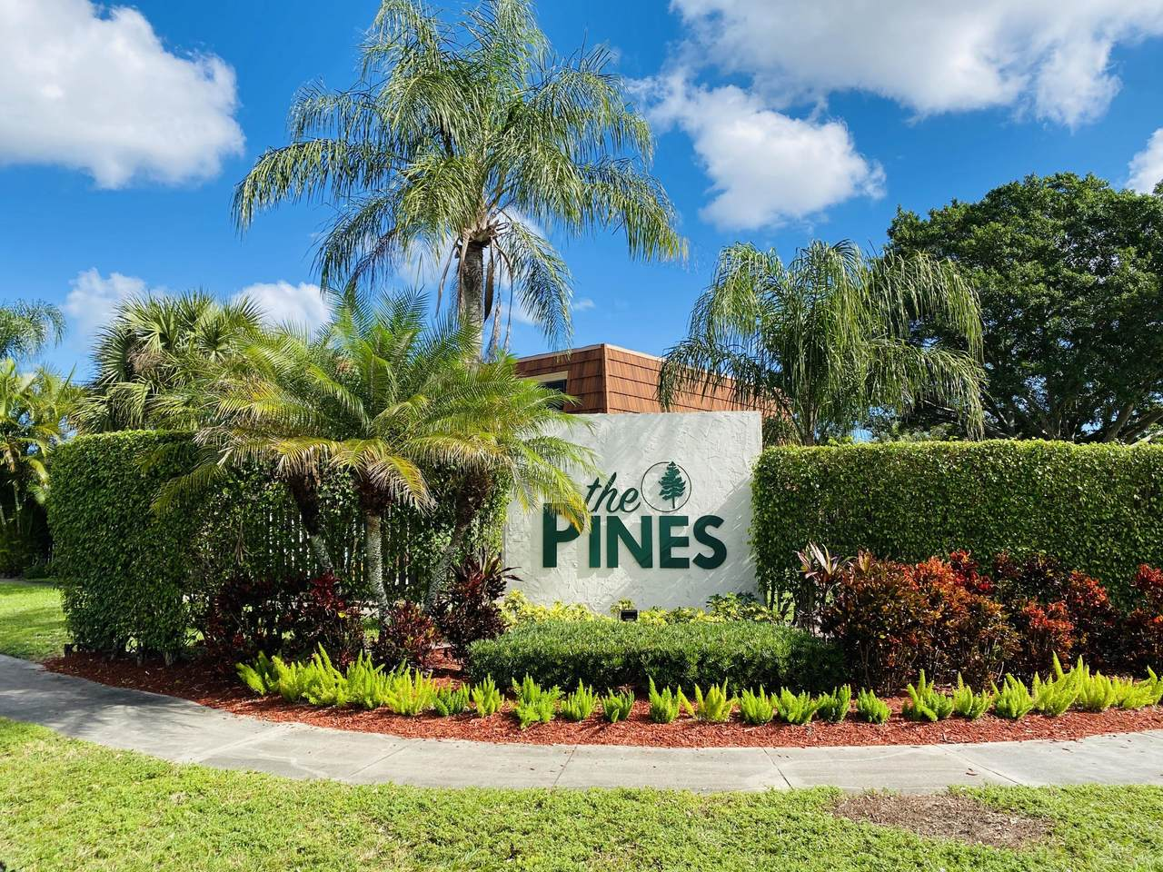 2216 White Pine Circle - Photo 1