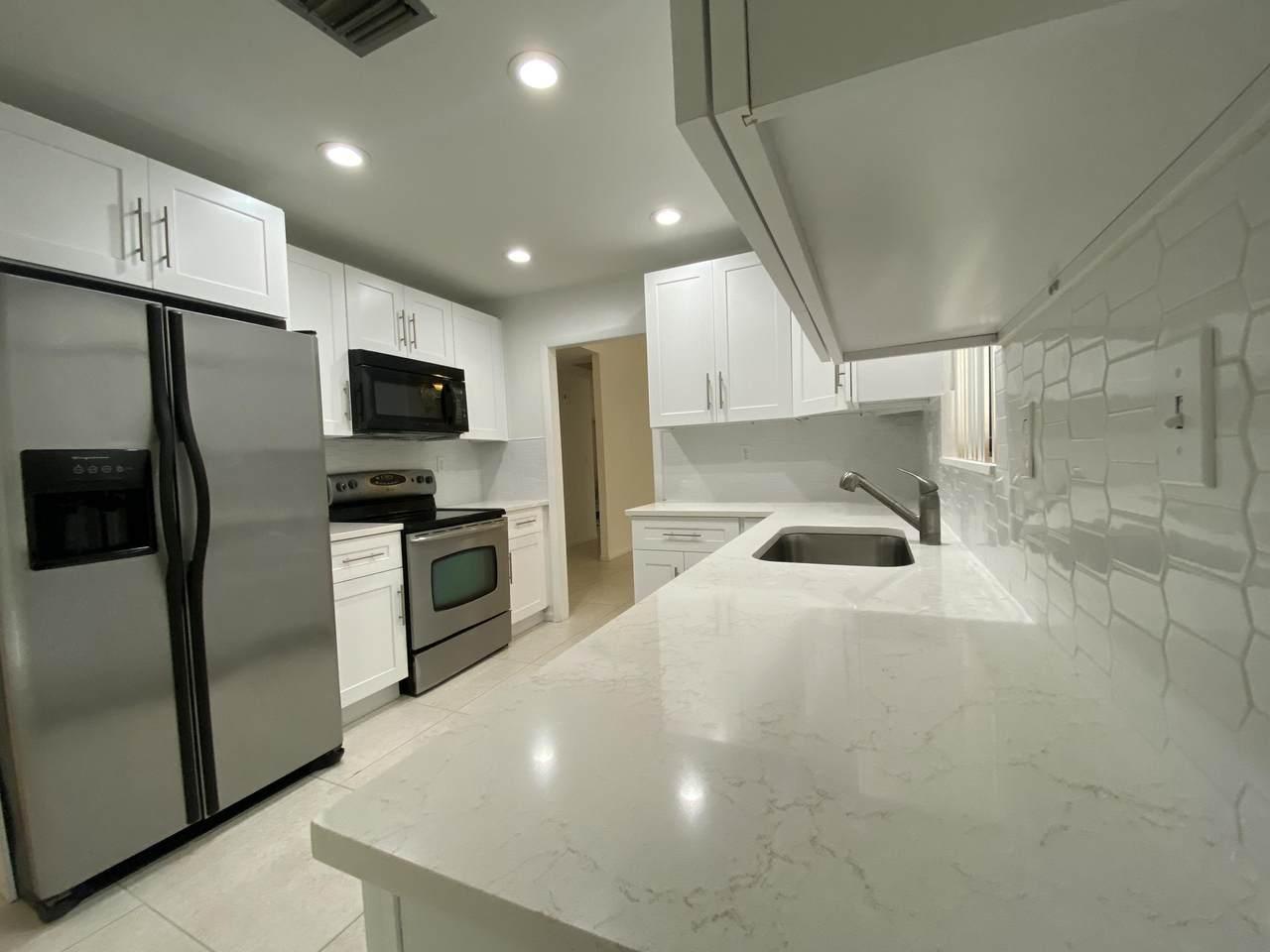860 22nd Avenue - Photo 1