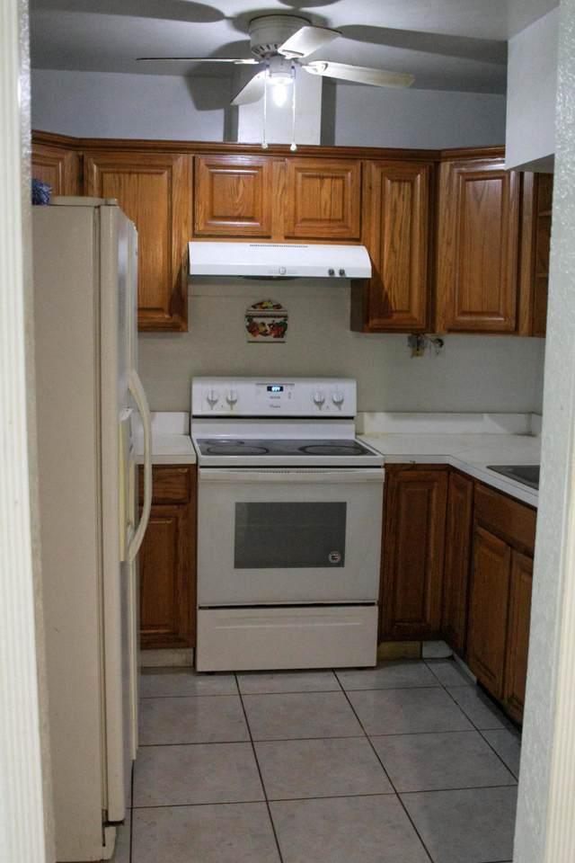3025 Ridgeway Avenue - Photo 1