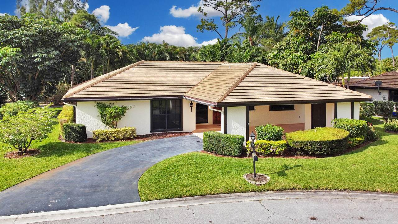 448 Pine Villa Drive - Photo 1
