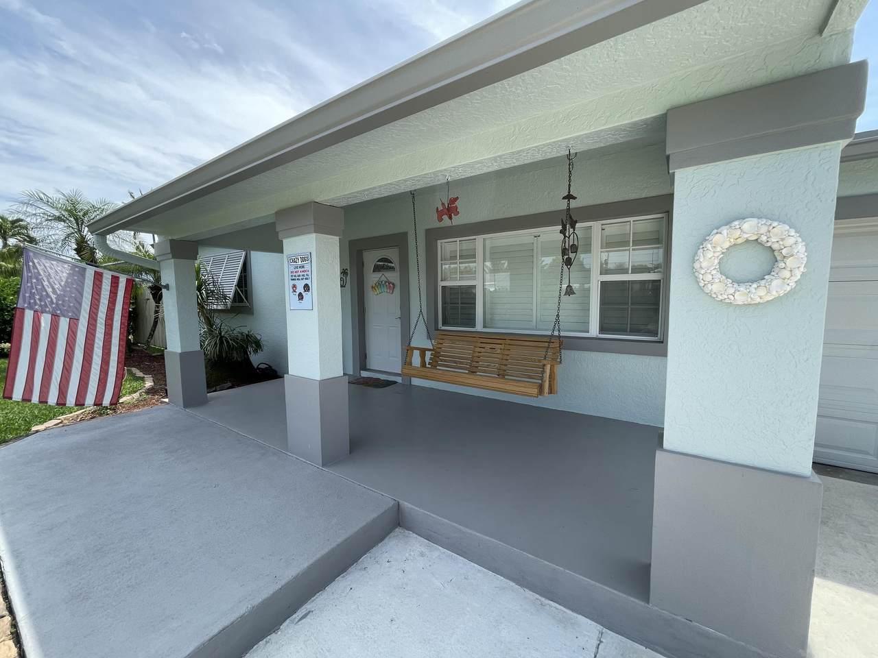 310 Gulfstream Drive - Photo 1