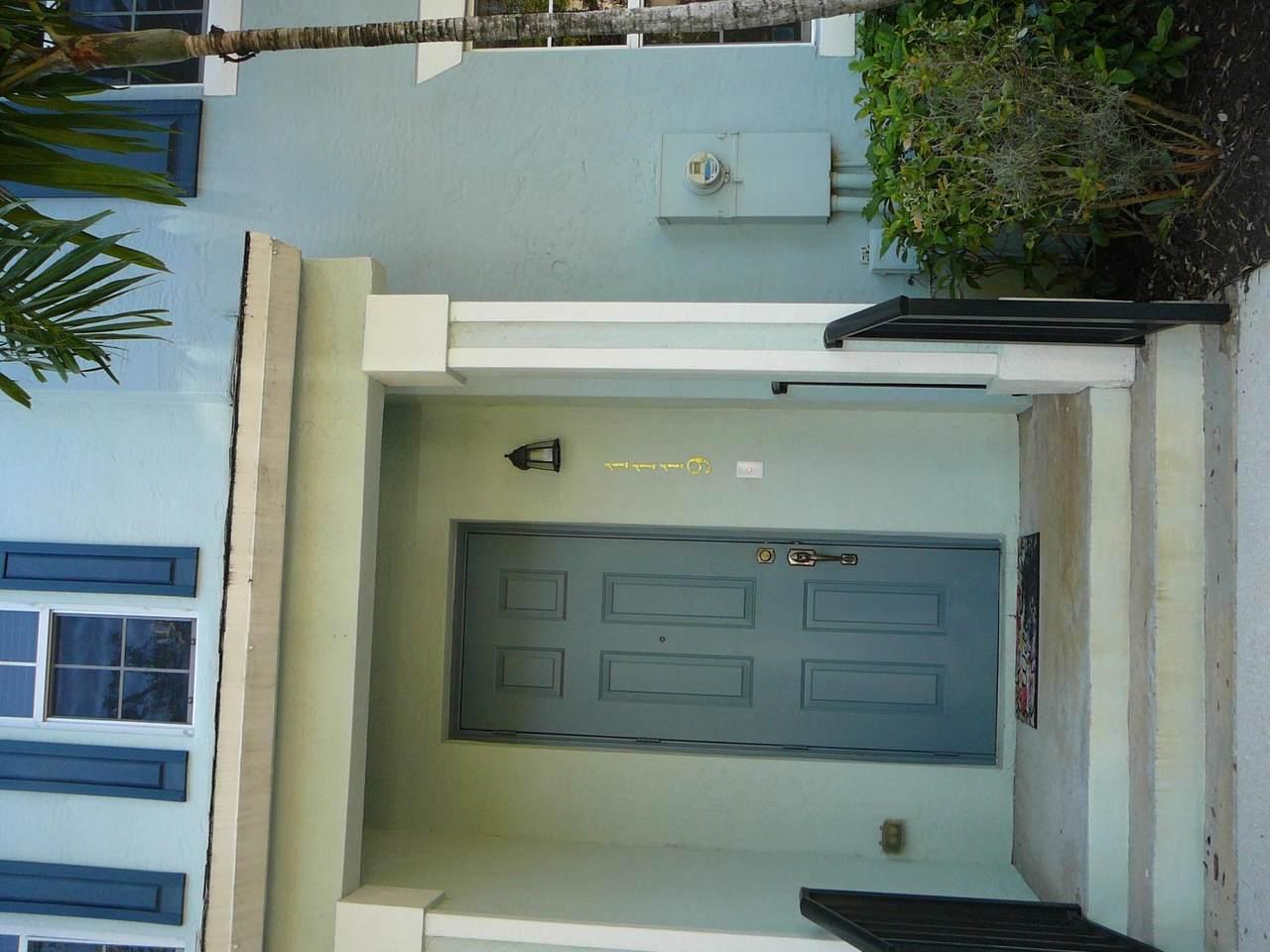 1119 Florida Avenue - Photo 1