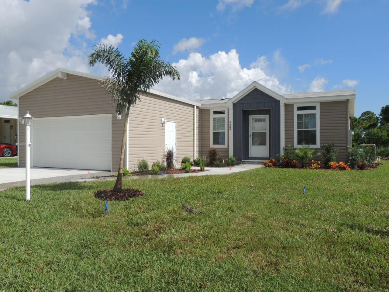 3600 Red Tailed Hawk Drive - Photo 1