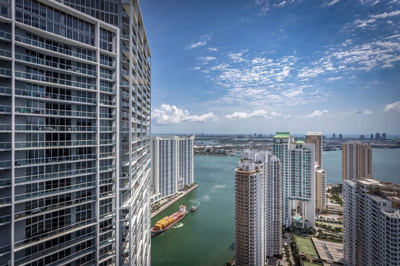 495 Brickell Avenue - Photo 1