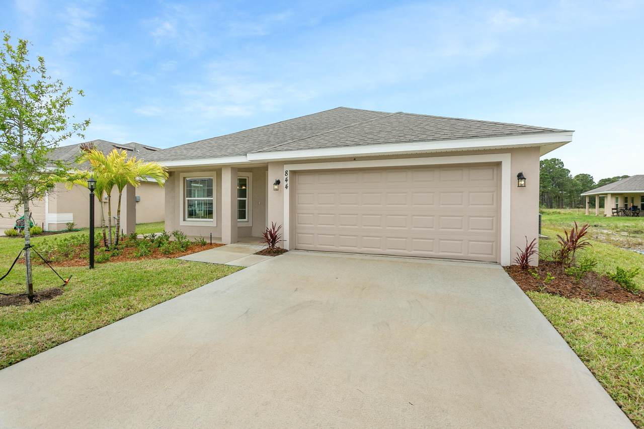 844 Whistling Duck Way - Photo 1