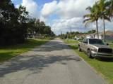 1142 Cynthia Street - Photo 5
