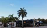 724 Lake Avenue - Photo 19