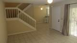 712 7th Terrace - Photo 10