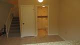 712 7th Terrace - Photo 18