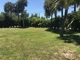 7 Lakeside Palms Court - Photo 5