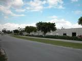 7233 Southern Boulevard - Photo 1