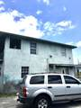 1015 Tamarind Avenue - Photo 3