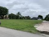 424 Muirfield Drive - Photo 3