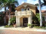 818 Villa Circle - Photo 3