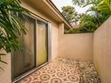 8555 Casa Del Lago - Photo 4