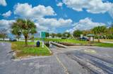 560 Lakeside Boulevard - Photo 38