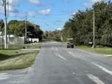 560 Lakeside Boulevard - Photo 58