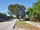 743 Swinton Avenue - Photo 5