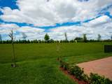 12950 Lake Fern Circle - Photo 4
