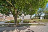 3808 Greenwood Avenue - Photo 4