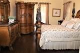1534 Urbino Avenue - Photo 29