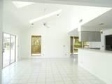 2060 Amesbury Circle - Photo 5
