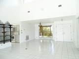 2060 Amesbury Circle - Photo 6