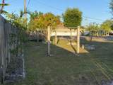 707 Floresta Drive - Photo 19