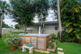 304 Indian Groves Drive - Photo 13