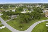 5632 Croton Avenue - Photo 4